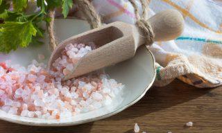 精製塩と天然塩の違いって?知っておきたい塩の豆知識