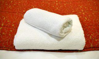 蒸しタオルで疲れ目が癒される?科学的に証明された効果とは