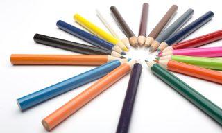 カラーセラピーが持つ色の意味と心理効果とは