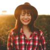 幸福を感じる4つ脳内物質。幸せな気持ちになる秘訣とは?